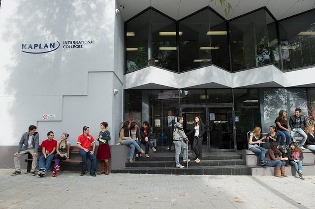 KAPLAN INTERNATIONAL - Perth - Dil Okulu