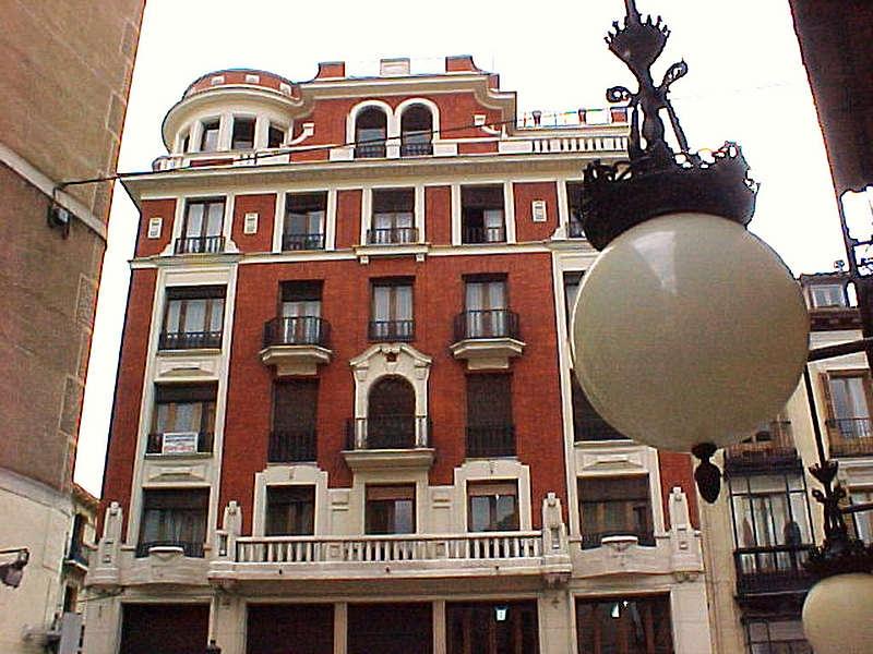 SPRACHCAFFE - Madrid - Dil Okulu